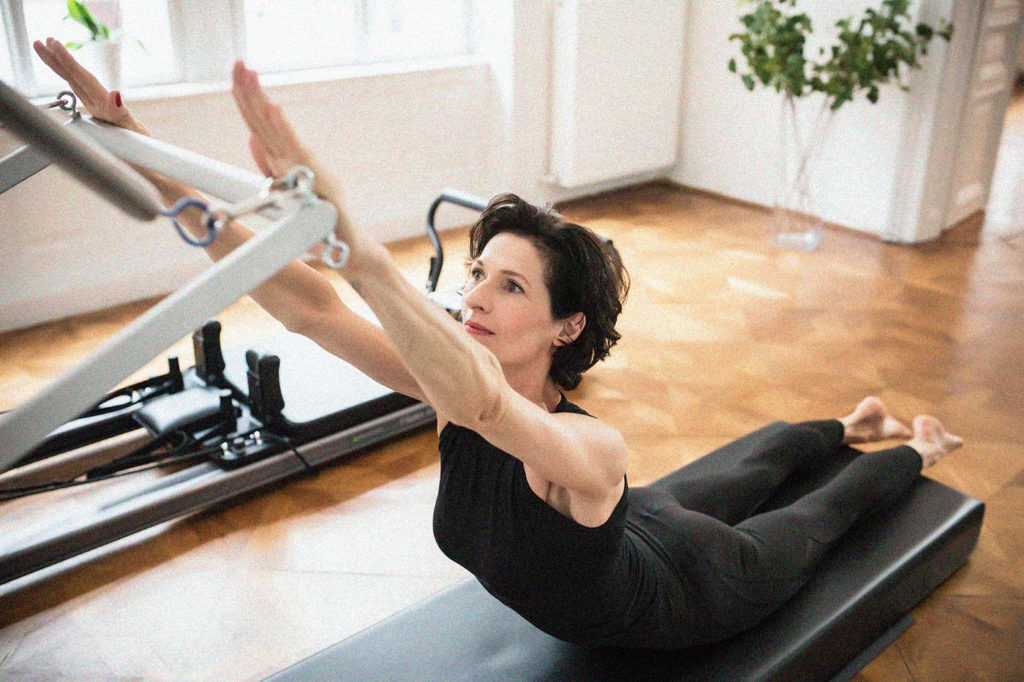 7972 gudrun kohla pilates yoga vienna tower swan 02